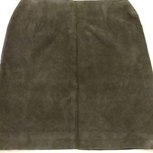 Vintage suede pencil skirt by SAVANNAIII4